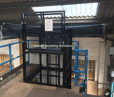 Hand loaded mezzanine goods lift