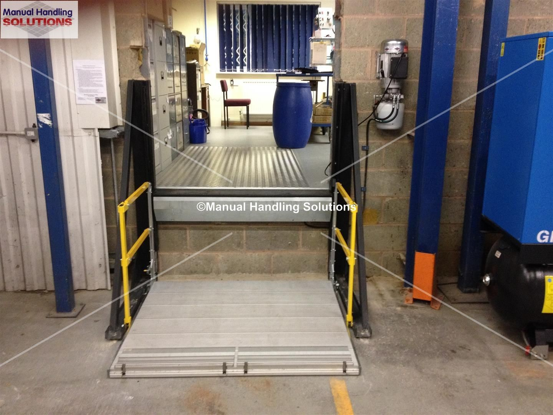 Loading Bay Lift Platform With Maximum Working Load 500kg